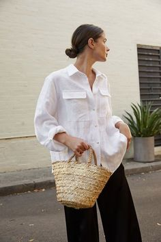 how to style white button up shirts