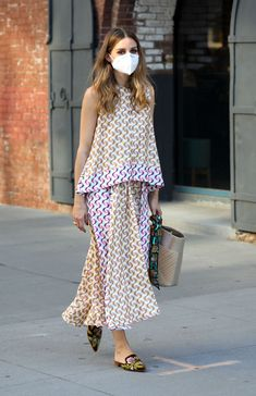 Olivia Palermo Outfit, Look Olivia Palermo, Olivia Palermo Street Style, Chic Outfits, Pretty Outfits, Clothing Hacks, Colourful Outfits, Looks Style, Spring Summer Fashion