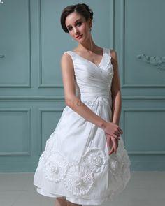 wedding dress hourglass - Google Search