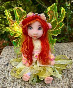 Indoor Fairy Gardens, Polymer Clay Fairy, Magical Images, Woodland Art, Clay Fairies, Fairy Figurines, Fairy Art, Fairy Dolls, Ooak Dolls