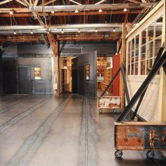 I want a studio like this....check out the rotating wall... too cool