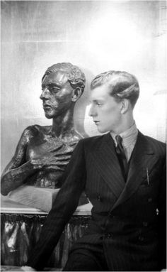 Stephen Tennant, British aristocrat known for his decadent lifestyle. He was the inspiration for Sebastian Flyte in Brideshead Revisited.