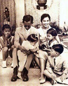 King Bhumibol / King of Thailand