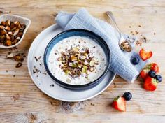Creamy Oats with Nuts