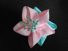 Цветок из атласной ленты МК/ DIY Flower of satin ribbon/ Flor Tutorial de fita de cetim - YouTube