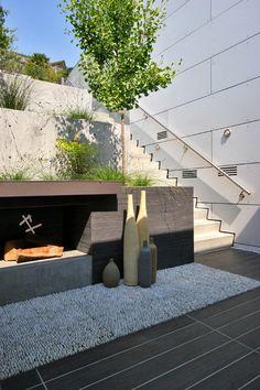Nice Decorative Outdoor Patio Vases Ideas