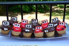 Lightning Mcqueen and Tow Mater cupcakes