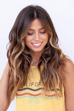 15 Stunning Examples of Melted Caramel Hair To Bring to Your Colorist This Fall Did someone order smooth melty caramel Because we think we just found it Balayage color is perfect for gals looking to make their fall do as low maintenance as possible Balayage Hair Caramel, Honey Balayage, Hair Color Caramel, Brown Hair Balayage, Brown Hair With Highlights, Brown Blonde Hair, Light Brown Hair, Hair Color Balayage, Brown Hair Colors