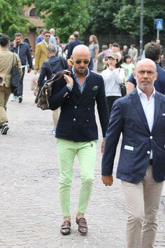 Pitti Uomo By Bonnegueule. Suit Fashion, Mens Fashion, Mode Costume, Dandy Style, Herren Style, La Mode Masculine, Bespoke Suit, Sartorialist, Dapper Men
