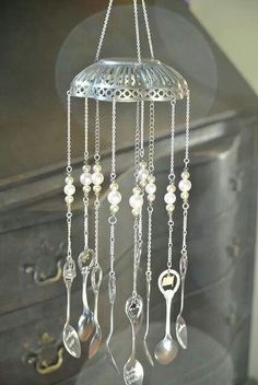 Beaded Wind Chimes - Recycled silver wind chime made with souvenir spoons: Mobiles, Silverware Jewelry, Spoon Jewelry, Bullet Jewelry, Cutlery Art, Recycled Silverware, Spoon Art, Fork Art, Deco Nature