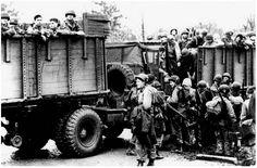 Easy Company, 501st PIR, 101st Airborne vertrekken richting Bastogne, 17 december 1944.