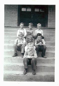 vintage photo Little School Boys on Steps by maclancy on Etsy, $5.50 Old School House, School Boy, School Pictures, School Pics, Vintage Photographs, Vintage Photos, Vintage Children Photos, Glassine Envelopes, Vintage School