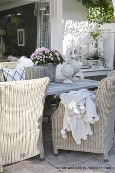 …an einem so tollen Herbsttag wird unsere Terrasse immer noch voll genutzt. Wi… … on such a great autumn day, our terrace is still fully used. We enjoy a cup of tea or a hot chocolate, plus a … Diy Pergola, Deck With Pergola, Pergola Shade, Pergola Kits, Pergola Ideas, Pergola Plans, Covered Pergola, Patio Roof, Terrace Ideas