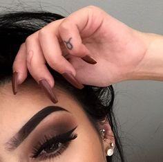 Image about beauty in 💋💄 Make Up 💄💋 by Shanna ♡ Makeup On Fleek, Kiss Makeup, Flawless Makeup, Cute Makeup, Pretty Makeup, Makeup Art, Hair Makeup, Makeup Style, Makeup Goals