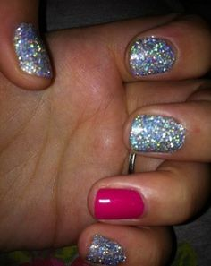 gahh wish I knew the name of this glitter it's loveeee!