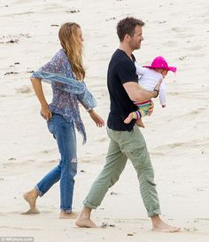 Ryan Reynolds And Blake Lively On The Beach