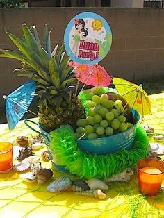 Jeannette R's Graduation/End of School / Luau - Serina on to Middle School Celebration at Catch My Party Summer Party Centerpieces, Fruit Centerpieces, Tiki Party, Luau Party, Summer Birthday, Teen Birthday, Moana Party, Hawaiian Theme, School Parties