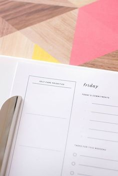 "How To Optimize Your Weekend ""For a long time I felt like I would blink and yet another weekend had whizzed by. It was frustrating to see so much possibility on Friday, yet come Monday..."" (Includes a free printable planner!)"