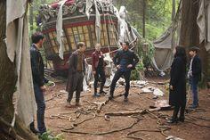 "Hook, Dr.  Jekyll, Emma, David, Regina and Henry - 6 * 1 ""The Saviour"""