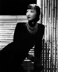 Anna May Wong fotografiada por Eugene Robert Richee, 1938