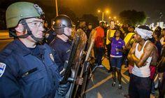 آلاف الأميركيين يتظاهرون تنديدًا بعنف الشرطة ضد…: تجمع الآلاف من الأشخاص في عدة مدن أمريكية ليل الجمعة إلى السبت بعد نحو يومين من مقتل…