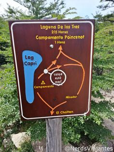Placa indicativa das opções de desvio na trilha para a Laguna de los Tres - El Chaltén - Patagônia Argentina