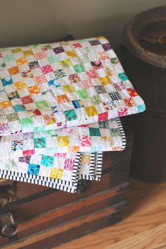 Checkerboard Postage Stamp Quilt - Modernly Morgan Checkerboard Postage Stamp Quilt – a great quilt to use up your scrap stash! Scrappy Quilts, Mini Quilts, Baby Quilts, Jellyroll Quilts, Star Quilts, Rag Quilt, Quilt Blocks, Quilting Projects, Quilting Designs
