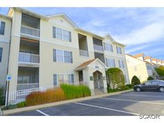 SOLD! Bright And Sunny Third Floor Condo With Open Floor Plan And Extra Storage Space. Living Room And Dining Room Feature Crown Molding, Large Windows, And Easy Access To Screened Balcony. Kitchen With Granite Counters, Breakfast Bar, And Oil Rubbed Bronze Fixtures. Community Lawn Care, Pool And Tennis.
