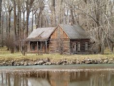 Cabins And Cottages: The perfect cabin in the perfect location Old Cabins, Lake Cabins, Log Cabin Homes, Cabins And Cottages, Rustic Cabins, Rustic Homes, Rustic Cottage, Getaway Cabins, Cabin In The Woods