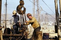 Are you looking for oil and gas jobs? www.righelp.com/apps/ is the right place for you!