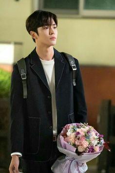 He's tooooo handsome🙈🙈🙈🙈👀 Handsome Korean Actors, Handsome Boys, Kpop, Kdrama Actors, Drama Korea, Jennie Blackpink, Korean Celebrities, Korean Men, Boyfriend Material