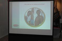 하이폭시 전용스튜디오에서 하이폭시 상품 설명회를 열었다.