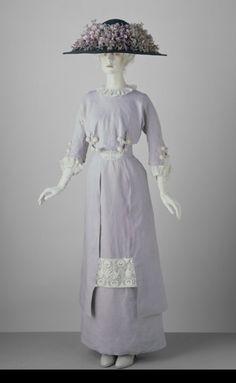 Day Dress    1910    The Victoria & Albert Museum