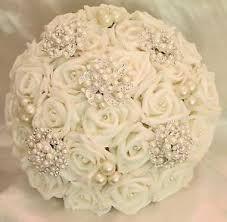 Resultado de imagem para Wedding Brooch Bouquets