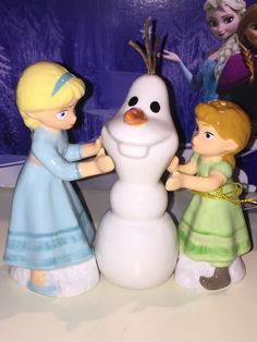 Frozen 'Do you want to build a snowman' Salt & Pepper Shakers