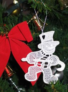 Advanced Embroidery Designs tutorial on Free-Standing Lace Ornaments.
