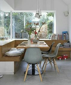 dining table chairs corner bench wood dining table lamps - Home Decor Ideas! Dining Nook, Interior, Interior Design Solutions, Home Decor, House Interior, Dining Room Corner, Interior Design, Dining Table Lamps, Home And Living