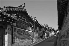 Bukchon- korean traditional village, Seoul  photo by Bang, Chulrin