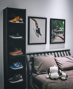 Sneakers greatly benefit from shoe trees related to care, preservation, display and travel. Sole Trees makes premium shoe trees for sneakers Men's Bedroom Design, Bedroom Setup, Room Ideas Bedroom, Bedroom Wall, Bedroom Decor, Men Bedroom, Hypebeast Room, Mens Room Decor, Man Room