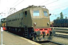 FS Oldtimer E428.156 in Meran (Foto 1982)