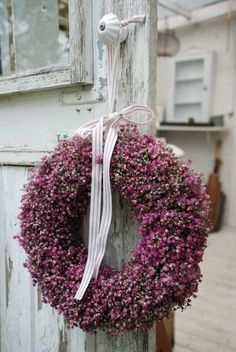 Pretty heather wreath ~t~ Diy Wreath, Door Wreaths, Decoration Shabby, Christmas Wreaths, Christmas Decorations, Purple Home, Plum Purple, Deco Floral, Shabby Chic Furniture