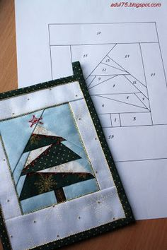 "Christmas garland in the art ""paper piecing"" Christmas Patchwork, Christmas Paper, Christmas Tree, Paper Pieced Quilt Patterns, Fabric Postcards, Tree Quilt, Foundation Paper Piecing, English Paper Piecing, Barn Quilts"