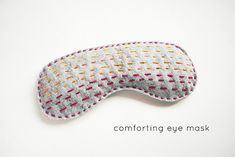 Felt Sleeping Mask | 30 Quick And Cozy Projects To Make This Fall