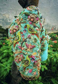 Lehenga Designs Simple, Wedding Saree Blouse Designs, Simple Blouse Designs, Stylish Blouse Design, Fancy Blouse Designs, Traditional Blouse Designs, Hand Work Blouse Design, Diana, Designer Blouse Patterns