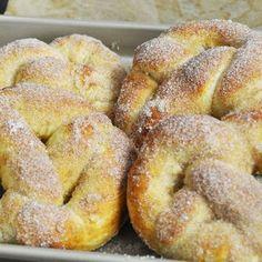Les Pretzels moëlleux sucre et cannelle