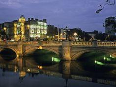 O'CONNELL BRIDGE, RIVER LIFFY, DUBLIN, IRELAND Photographic Print|By David Barnes|Item #: 14086490A