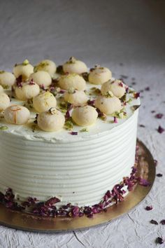 Learn how to make this incredibly flavourful eggless rasmalai cake with the video. It would make a great dessert for traditional celebrations. Eggless Desserts, Eggless Recipes, Eggless Baking, Vegan Recipes, Yummy Recipes, Dinner Recipes, Cooking Recipes, Indian Dessert Recipes, Sweets Recipes