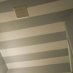 Homey Home Design: Striped Ceiling Beach Bathrooms, Small Bathroom, Bathroom Ideas, Striped Bathroom Walls, Striped Ceiling, Small Toilet, Luxury Interior Design, Room Paint, Bedroom Decor