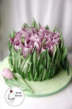 Crocus or Tulips ~DK: Krokus - men uden bladene = Høsttidløs - eller måske Tulipaner! ..... MR