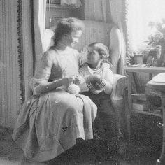 Alexei with Olga, Mauve Room, Tsarskoye Selo 1911